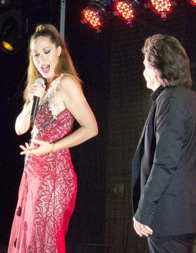 Rosario Mohedano cantando con Saulo en Villasequilla